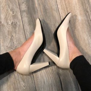 Marc by Marc Jacobs cream pumps - Made in Italy